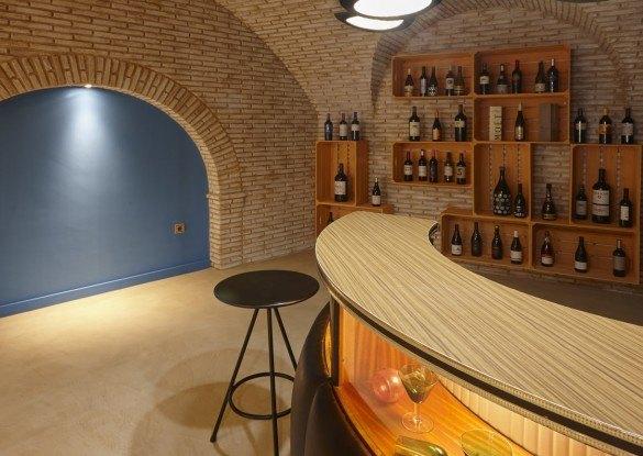hotelessentia-vinoteca