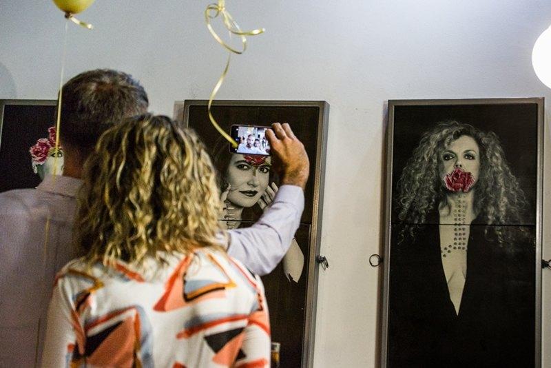 (Español) La entrega de la medalla de oro de la imagen a Mercedes Eirín, en Claver&Egler Magazine
